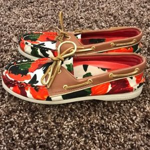 EUC Milly by Sperry Topsider shoes. Size 9.5